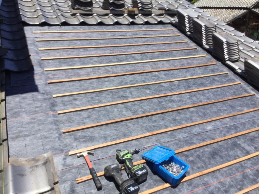 下地の完成。外して保管しておいた瓦をこの上から再度葺き直して仕上がります。