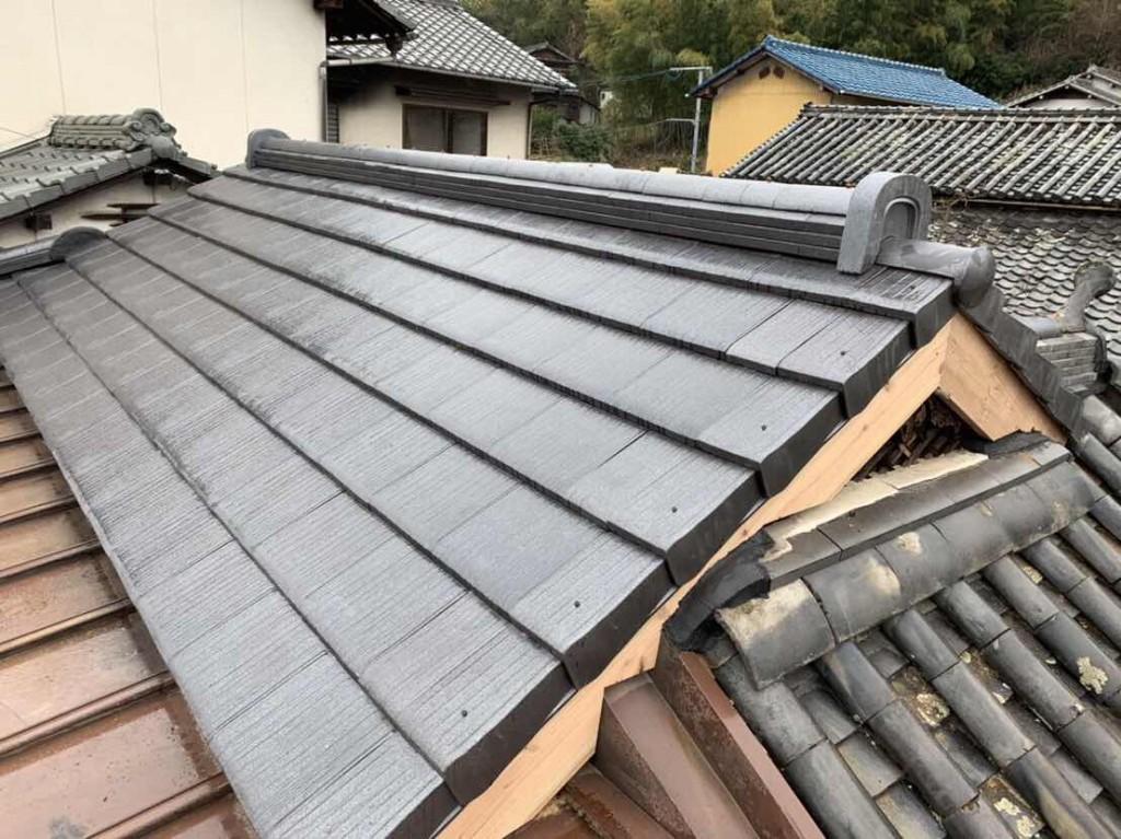 下地からやり替えてますので屋根自体も軽くなり土も撤去したので雨漏りの心配もございません!